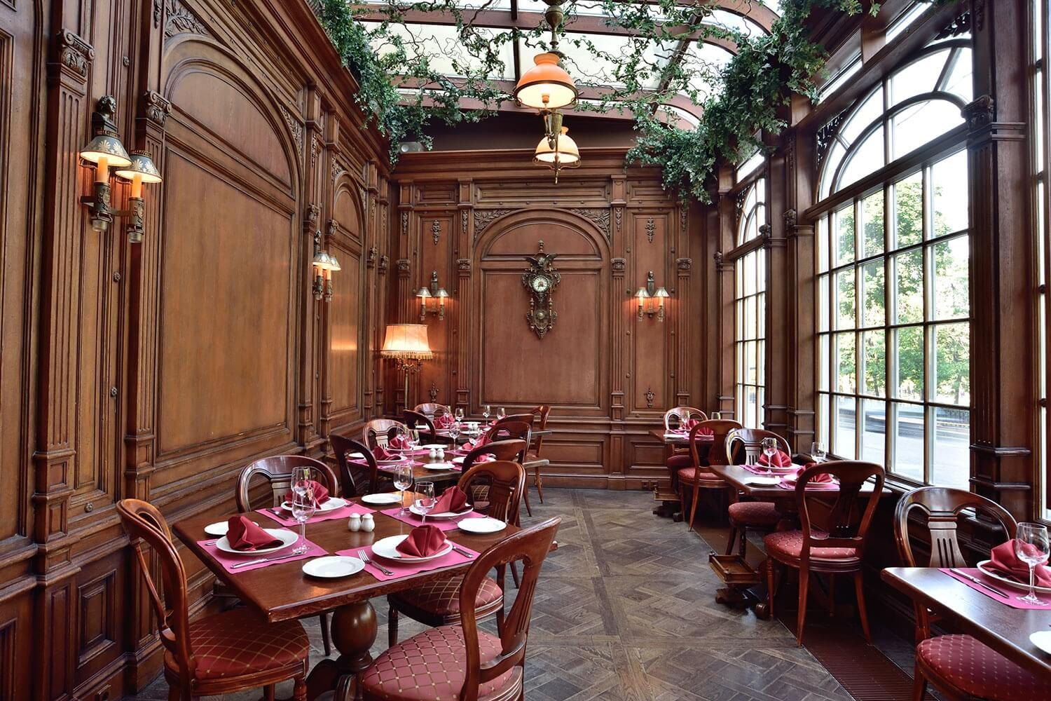 Café Pushkin in Moscow — Café Pushkin: A Dinner Date with History